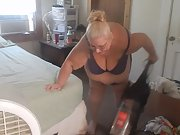 Cleaning fresh mansion in somthing sexy enjoy demonstrating off