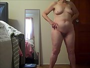 Wife posing completely nude for a friend of ours to jack off